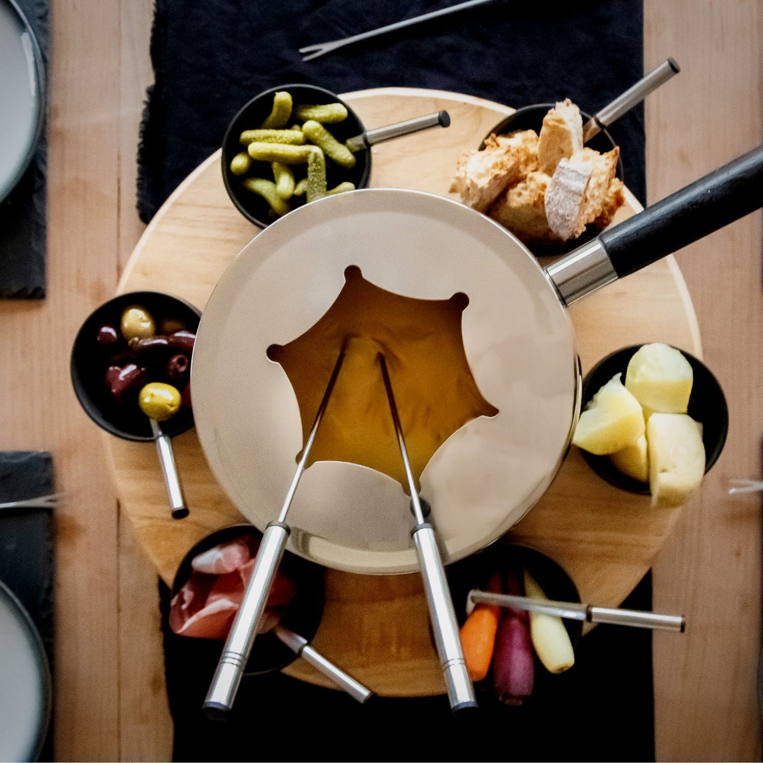 Cheddar Cheese and English Cider Fondue