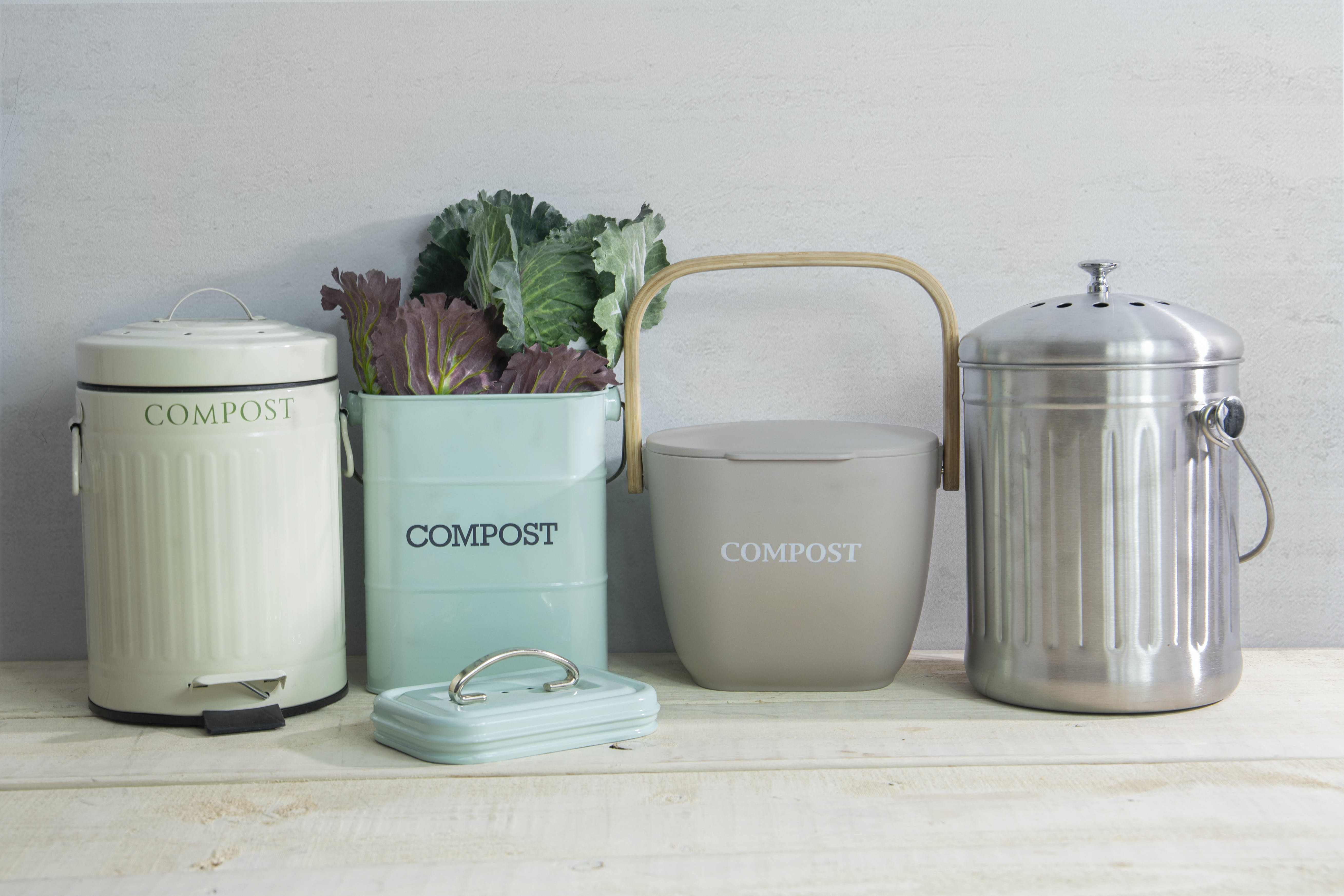 How to Use Compost Bins