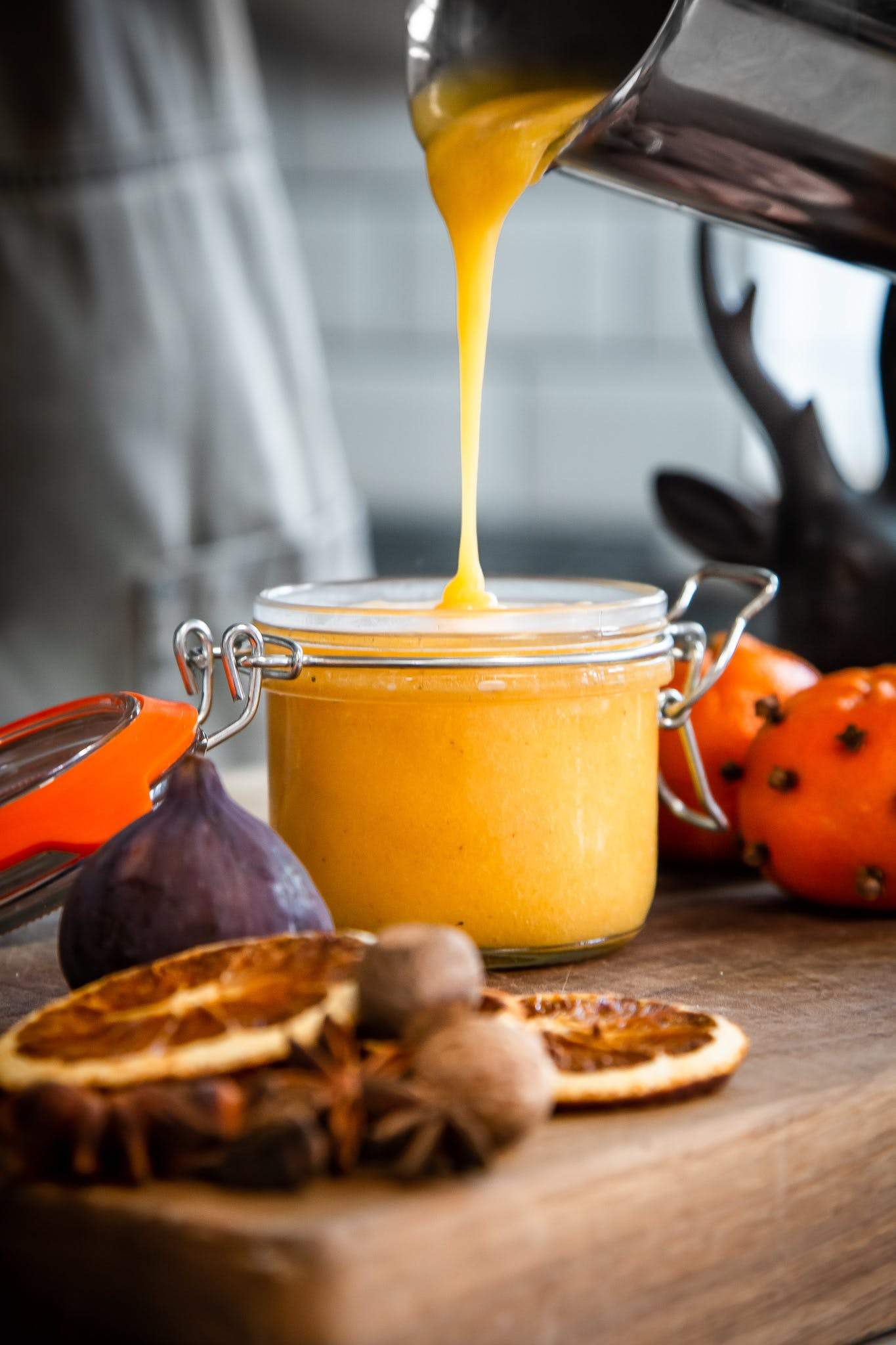 Clementine and Nutmeg Curd