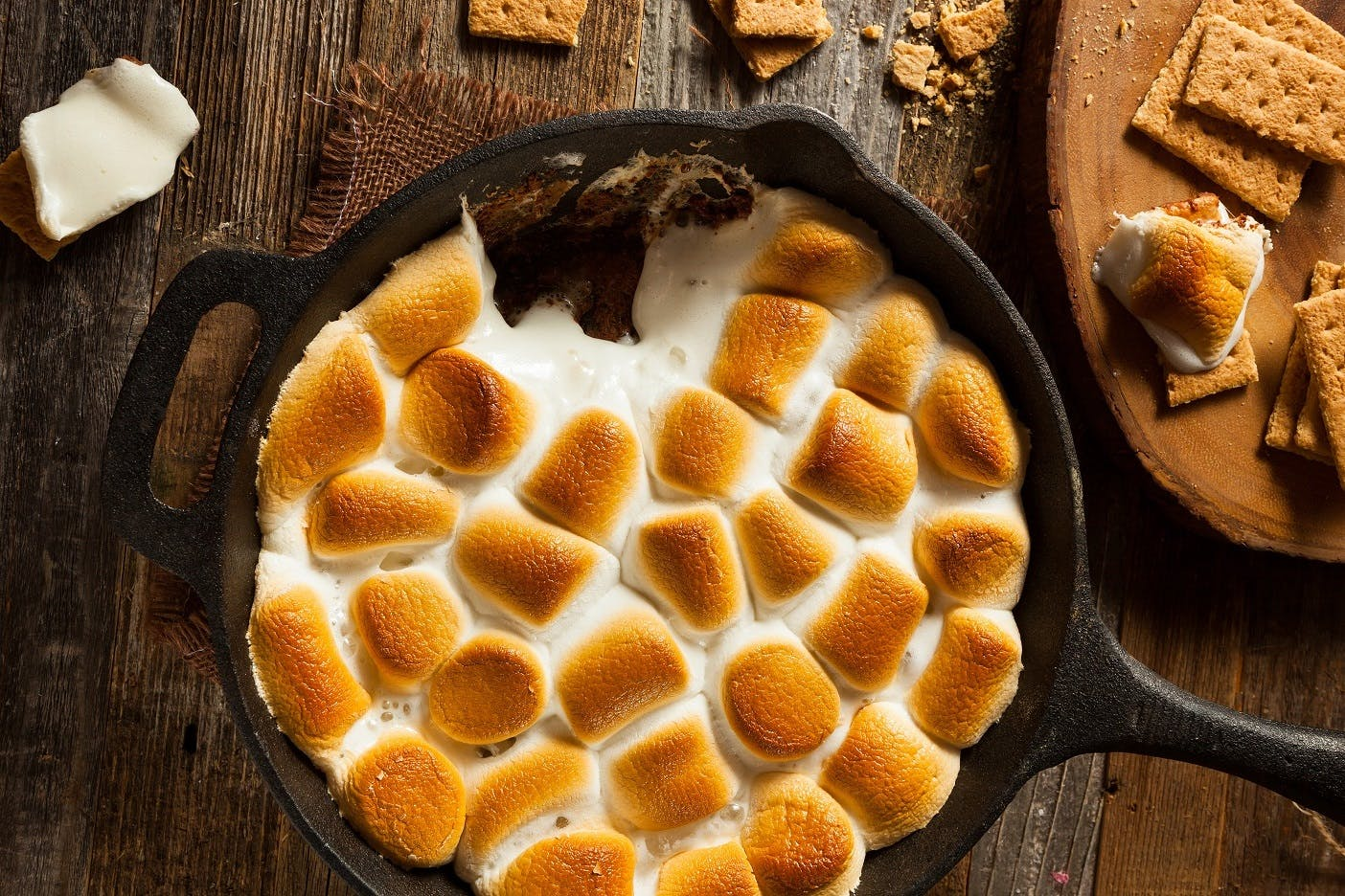 Peanut Butter S'mores Sharing Pan