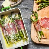 Bacon wrapped Asparagus Bundles with Hollandaise Sauce