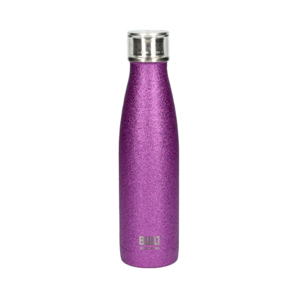 Time to hydrate and DAZZLE with our new glitter bottles!