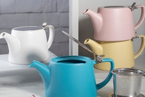 Oval®<br>Stackable Teapots
