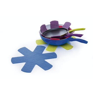 Colourworks Set of Four Non-Slip Pan Protectors