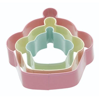 Sweetly Does It Set of 3 Cupcake Shaped Cookie Cutters