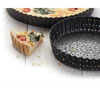 MasterClass Crusty Bake Non-stick Fluted Round 30cm Quiche Tin
