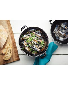 Photo of KitchenCraft World of Flavours Mediterranean Individual Mussels Pot